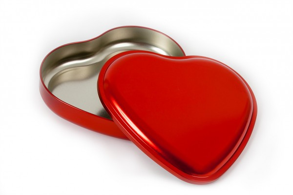 Heart Tin Red
